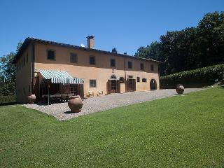 6 bedroom Villa in Ponsacco, Lucca Pisa, Italy : ref 2235378, Capannoli