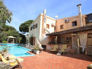 7 bedroom Villa in Valledoria, Sardinia, Italy : ref 2236073
