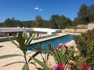 4 bedroom Villa in Santa Eulalia, Islas Baleares, Ibiza : ref 2240124