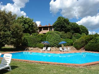 3 bedroom Apartment in Gambassi Terme, Tuscany, Italy : ref 5055284