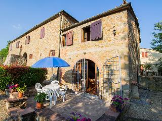 4 bedroom Apartment in Bucine, Tuscany, Italy : ref 5055291