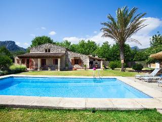 ¡Villa Gloriosa con piscina privada en las montañas de Mallorca, a sólo 8 km de