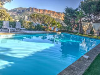 5 bedroom Villa in Cassis, Cassis, France : ref 2244667
