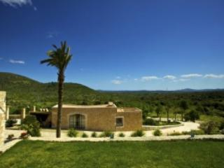 8 bedroom Villa in Sant Llorenç, Des Cardassar, Mallorca : ref 2247443, Son Servera