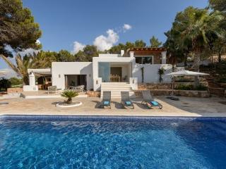 5 bedroom Villa in Cala Conta, Baleares, Ibiza : ref 2247475