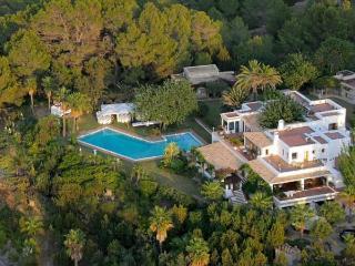 6 bedroom Villa in Sant Agusti Des Vedra, San Jose, Baleares, Ibiza : ref