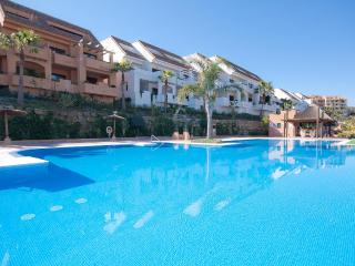 Holiday Apartment Rental Penthouse Duquesa Village, puerto de la duquesa,Duquesa