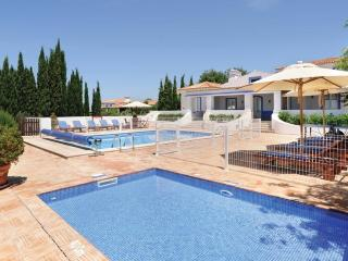 5 bedroom Villa in Boliqueime, Algarve, Portugal : ref 2249185