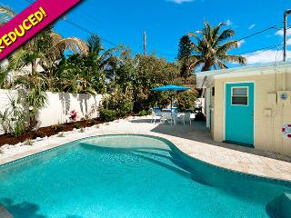 Beach n It: 2BR Family-Friendly Pool Home, Holmes Beach