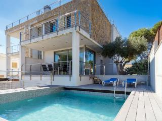 Villa in Playa De Muro, Mallorca, Mallorca, Playa de Muro