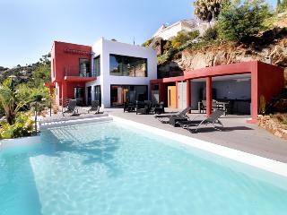 Villa in Mandelieu-La Napoule, Cote D`Azur, Alpes-Maritimes, France, Mandelieu-la-Napoule