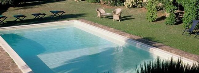 6 bedroom Villa in Valpromaro, Tuscany, Italy : ref 5455319
