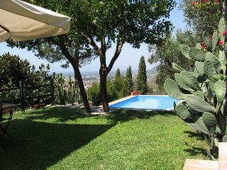 3 bedroom Villa in Pietrasanta, Tuscany, Italy : ref 5455323