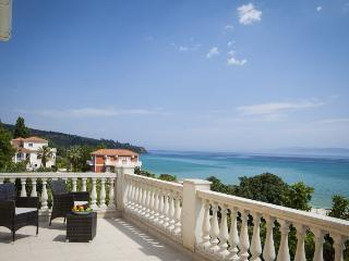 3 bedroom Villa in Lourdas, Kefalonia, Greece : ref 2259515