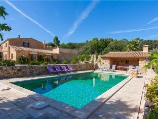 Villa in Buger, Mallorca, Mallorca