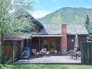 Historic Old Snowmass Log House on the Roaring Fork River – Near Trails