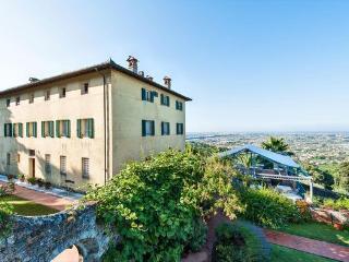 Apartment in Camaiore, Tuscany, Italy, Monteggiori