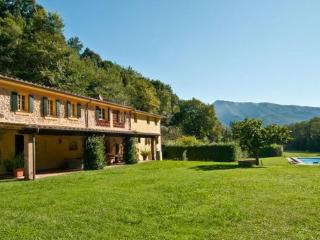 6 bedroom Villa in Culla, Tuscany, Italy : ref 2268292