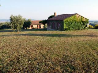 4 bedroom Villa in Poderone, Tuscany, Italy : ref 5477318