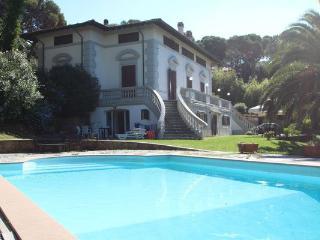 Villa in Quercianella, Tuscany, Italy