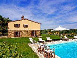 4 bedroom Villa in San Pancrazio, Tuscany, Italy : ref 5476996