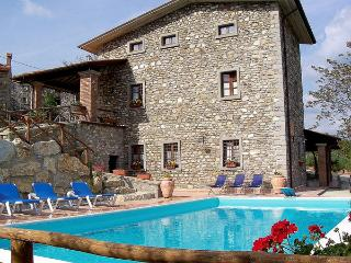 8 bedroom Apartment in Mazzole, Tuscany, Italy : ref 2269271, Caprese Michelangelo