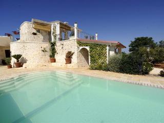 4 bedroom Villa in Ostuni, Apulia, Italy : ref 5477441