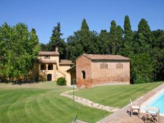 4 bedroom Villa in Capannoli, Tuscany, Italy : ref 2269741