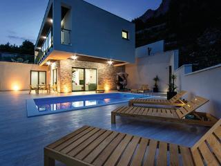 4 bedroom Villa in Omis-Lokva Rogoznica, Omis, Croatia : ref 2277130