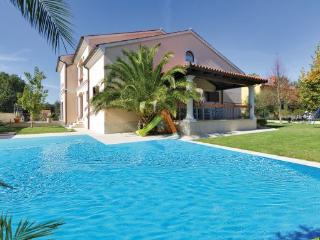 8 bedroom Villa in Banjole-Volme, Banjole, Croatia : ref 2277294