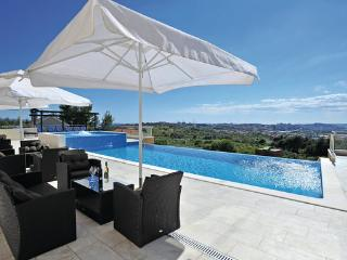 9 bedroom Villa in Split-Mravince, Split, Croatia : ref 2277439, Solin