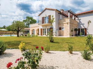 Villa in Vodnjan-Sv.Kirin, Vodnjan, Croatia, Jursici