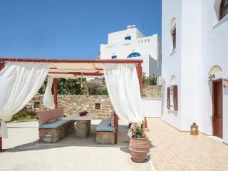 Villa of Roses Naxos, Ciudad de Naxos