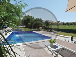 19 bedroom Villa in Biograd-Sv.Filip i Jakov, Biograd, Croatia : ref 2278251, Sveti Filip i Jakov