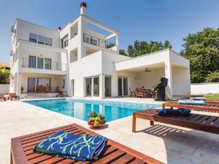 4 bedroom Villa in Liznjan, Liznjan, Croatia : ref 2278543