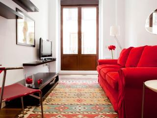 Paseo del Prado apartment in Huertas with WiFi, airconditioning & balkon.