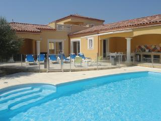 4 bedroom Villa in Grau d Agde, Herault, France : ref 2279351, Le Grau d'Agde