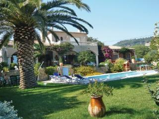 5 bedroom Villa in Ollioules, Var, France : ref 2279726