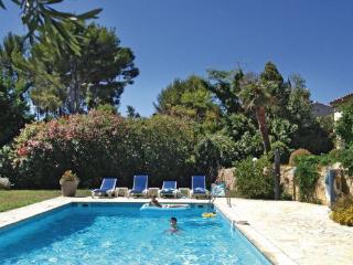 5 bedroom Villa in Ollioules, Var, France : ref 2279726