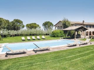 5 bedroom Villa in Torgiano, Perugia And Surroundings, Italy : ref 2280437