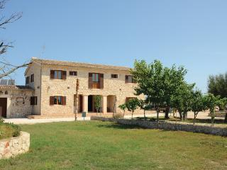 9 bedroom Villa in Montuiri, Majorca, Mallorca : ref 2280874