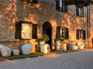 Villa in Montemaggiore al Metauro, Marche, Montemaggiore al Metauro, Italy, Rupoli