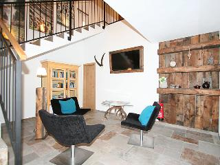 3 bedroom Apartment in Pettneu am Arlberg, Arlberg mountain, Austria : ref