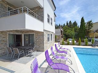 Villa in Starigrad Paklenica, North Dalmatia, Croatia, Starigrad-Paklenica