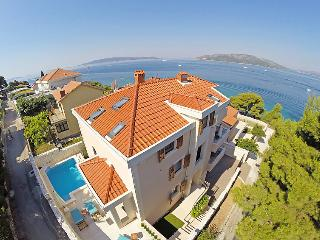 5 bedroom Villa in Trogir Okrug Donji, Central Dalmatia, Croatia : ref 2286572