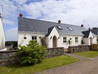 4 Tudor Lodge Cottages, Tenby