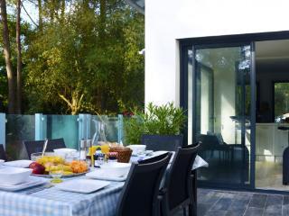 Villa in Longeville Sur Mer, Vendee Charente, France, Longeville-sur-mer
