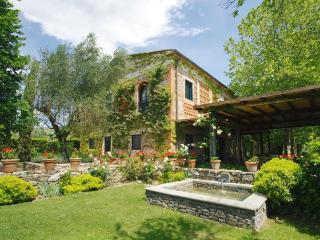 Villa in Montevettolini, Montecatini, Tuscany, Italy, Cintolese