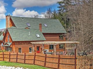 New Listing! 'River Stone Lodge' Magnificent 6BR Ripton House w/Hot Tub, Game Room and 7 Acres of Stunning Mountain Views - Easy Access to Middlebury River