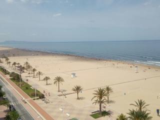 Estudio para 4 personas en primera línea de playa, Playa de Gandia